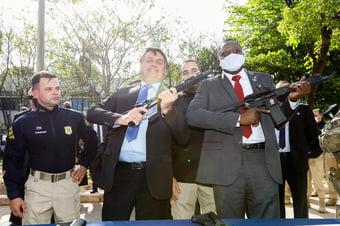 IMAGEM: Senado tenta derrubar decreto armamentista de Bolsonaro