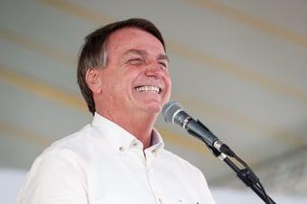 IMAGEM: Bolsonaro agora usa piadas roubadas contra a Lava Jato