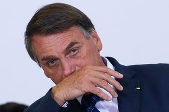 IMAGEM: Bolsonaro pode ser afastado da gestão da pandemia