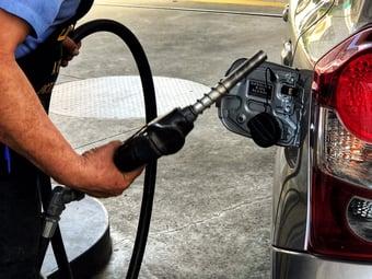 IMAGEM: Gasolina puxa a maior inflação de fevereiro desde 2016