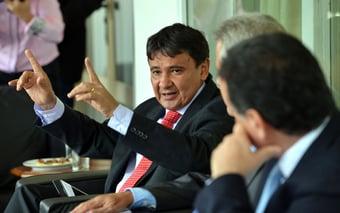 IMAGEM: A pedido de Lula, Wellington Dias tenta reaproximar PSB e PT
