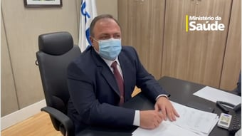 IMAGEM: Pazuello promete entrega semanal de vacinas