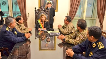 IMAGEM: Itamaraty: posse de Jeanine na Bolívia foi 'constitucional'