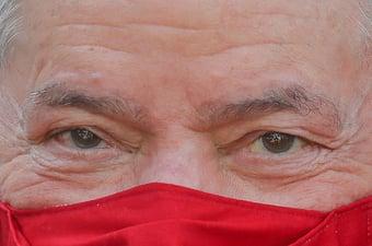 IMAGEM: Lula derrota Bolsonaro por 45% a 39%