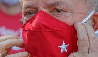 """IMAGEM: """"Lula teve responsabilidade direta pelo esquema criminoso da Petrobras"""", diz PGR"""