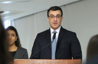 IMAGEM: Novo chanceler terá conversa com diretor-geral da OMS