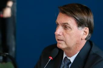 IMAGEM: Justiça manda governo Bolsonaro adotar plano de comunicação contra a Covid