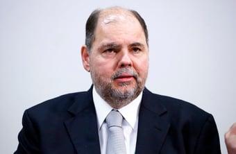 IMAGEM: Centrão quer emplacar pai de deputada como 'número 2' do MEC