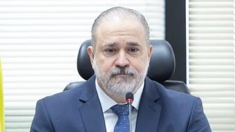 IMAGEM: Aras envia à CPI da Covid lista de investigações contra governadores