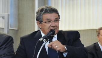 IMAGEM: Ex-líder do governo Zema morre de Covid