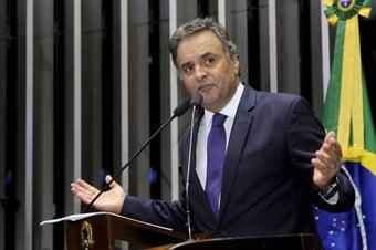 IMAGEM: Aécio tenta adiar prévias do PSDB
