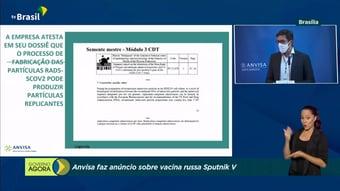 IMAGEM: Gerente da Anvisa mostra documento da Sputnik V sobre adenovírus replicante
