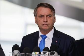"""IMAGEM: """"Bolsonaro rodou, rodou, rodou e parou no mesmo lugar"""""""