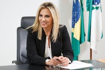 IMAGEM: Em Itaipu, mulher de Ricardo Barros terá uma reunião a cada dois meses