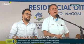 IMAGEM: Bolsonaro diz que 'dá para diminuir' preço do gás