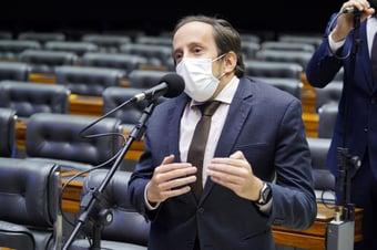 """IMAGEM: """"A gente sempre denunciou essa prática"""", diz deputado do Novo, sobre Bolsolão"""