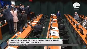 IMAGEM: Bate-boca na comissão da Câmara que discute cultivo de maconha