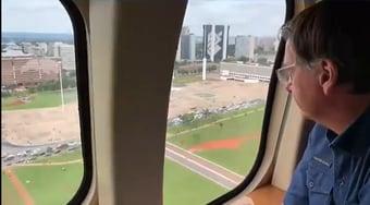 IMAGEM: Bolsonaro usa estrutura do Planalto para acompanhar manifestação a favor do governo