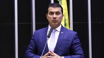 IMAGEM: Planalto veta Luis Miranda como relator da reforma tributária