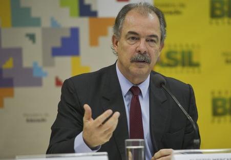 Mercadante elogia escolha de Silva e Luna para a Petrobras