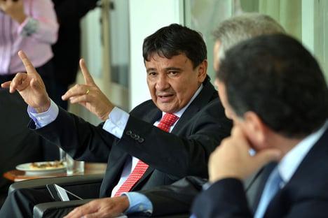 """Governador do Piauí: """"Temos que afirmar o compromisso com as orientações da OMS e do Ministério da Saúde"""""""