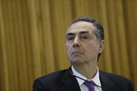 """""""FAREMOS O QUE É CERTO"""""""