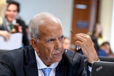 """Senador diz que Pacheco, se eleito, terá """"dívida de gratidão"""" com Alcolumbre e Bolsonaro"""