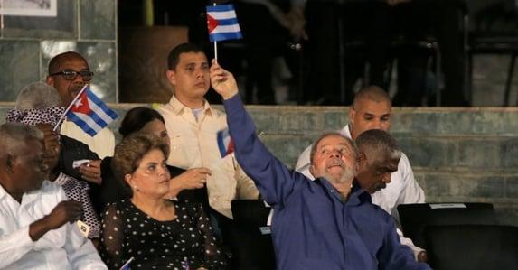 O carnaval cubano de Lula