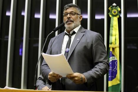 Toffoli nega pedido de Frota contra sessões presenciais