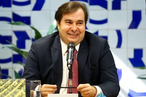 PF atribui a Rodrigo Maia lavagem de dinheiro e 'caixa 3' da Odebrecht
