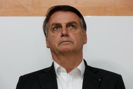 Bolsonaro defende Ricardo Salles e volta a atacar a imprensa