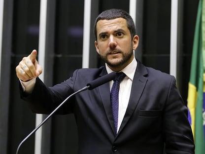 Conselho de Ética arquiva representações contra Bibo Nunes e Carlos Jordy