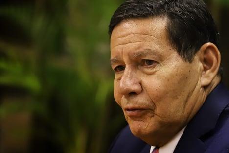 Mourão vai ao Acre para conhecer sistema de fiscalização da Amazônia