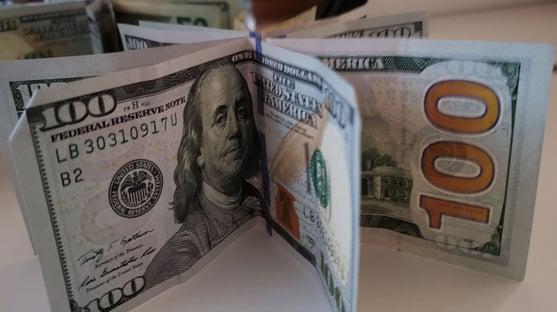 Dólar em forte alta