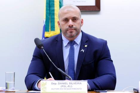 Pros rachado no caso Daniel Silveira
