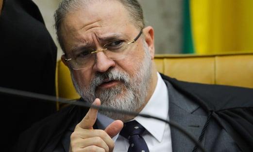 Aras critica investigação contra a Lava Jato e vai à Justiça para barrar inquérito do STJ