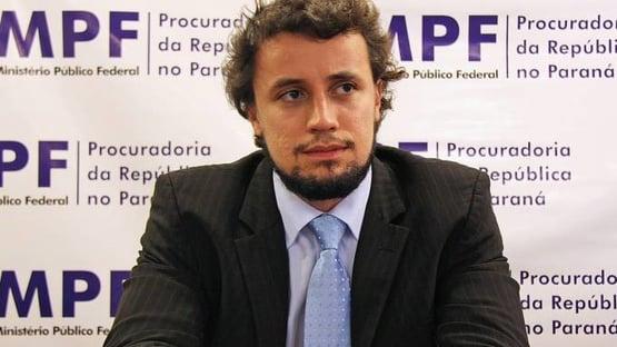 Ex-procurador da Lava Jato pede trancamento do inquérito de Humberto Martins