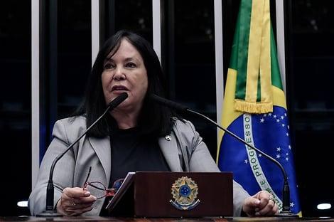 """Eleição no Senado: """"Nenhum partido está unido"""", diz Rose de Freitas"""