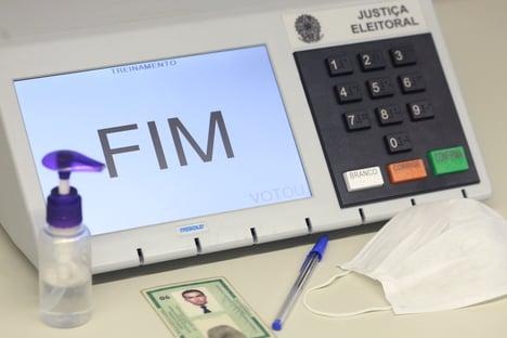 Maior abstenção em eleições municipais com urna eletrônica