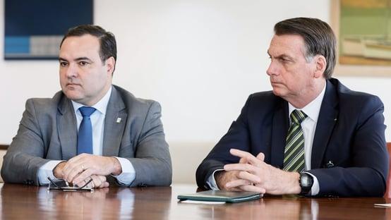 Bolsonaro confirma indicação de Jorge Oliveira ao TCU