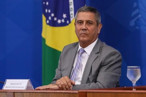 """""""A política econômica do governo tem obtido resultados"""", diz Braga Netto"""