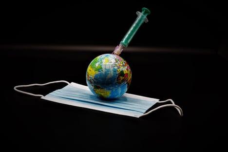 Em vacinados pelo mundo, Brasil é lanterninha