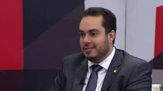 """Reeleição inconstitucional de Alcolumbre e Maia: """"Estará implantado o regime da toga"""""""