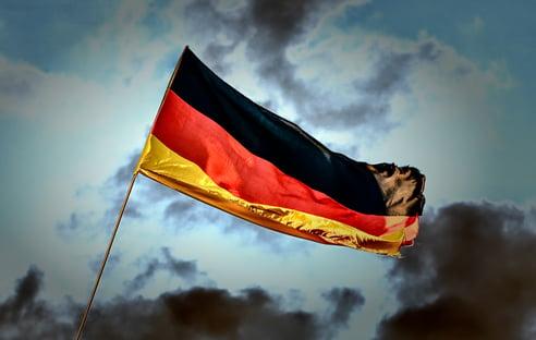 Alemanha pode processar farmacêuticas por atraso de vacinas
