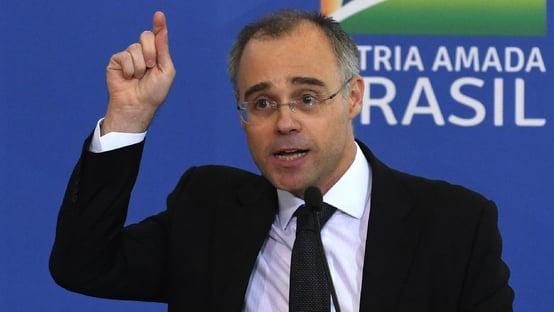 """Ao voltar para AGU, André Mendonça afirma: """"Vamos respeitar as instituições"""""""