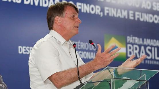 """""""Bolsonaro está deixando o pessoal meio doido"""""""