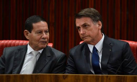 Urgente: Mourão decide exonerar assessor que procurou deputados para saber de impeachment