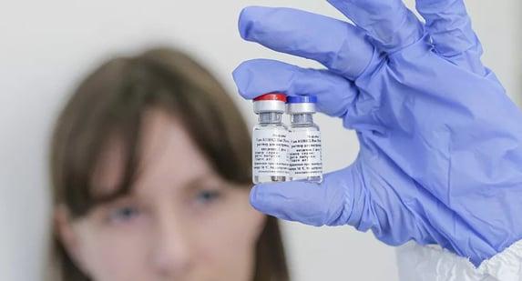 Anvisa descarta liberar vacina russa com base em aprovações no exterior