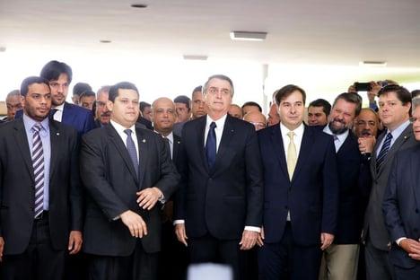 Bolsonaro continuará tendo uma oposição de mentirinha?