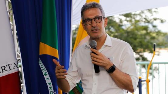 """Zema: """"Há uma certa perseguição a Bolsonaro"""""""